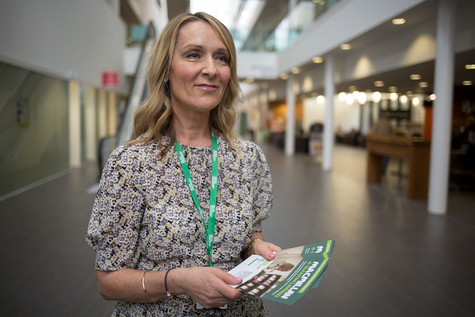 Macmillan cancer volunteer, by Scotland corporate photographer J. Sutton-Hibbert